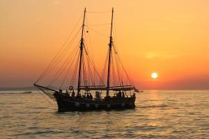 sailing-boat-983933_960_720